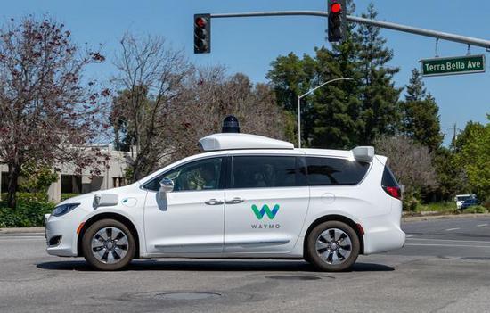 谷歌无人车