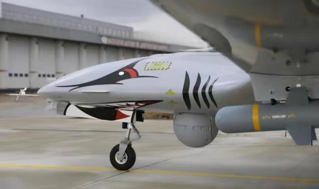 土耳其改造新型无人机,预计明年首飞,有望替代F35B战机